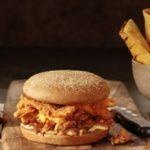 Outbacklança três pratos com sua famosa costela